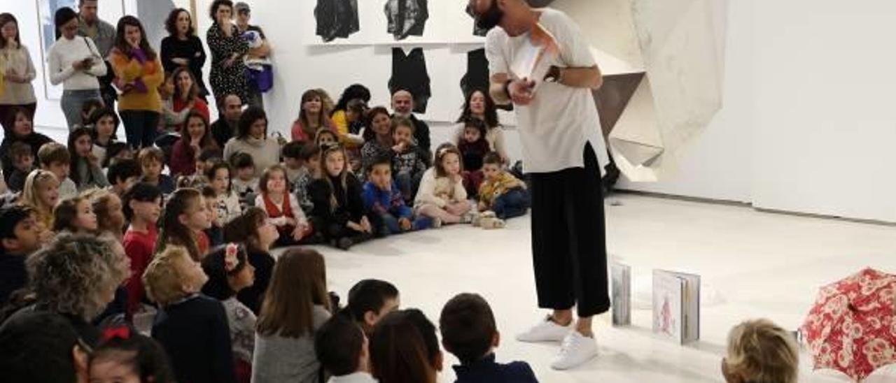 En los próximos meses se llevarán a cabo actividades de danza, música, cuentos para bebés, taller de nuevas narrativas, o «La Noche en Blanco» y «Museum Week», entre otras.