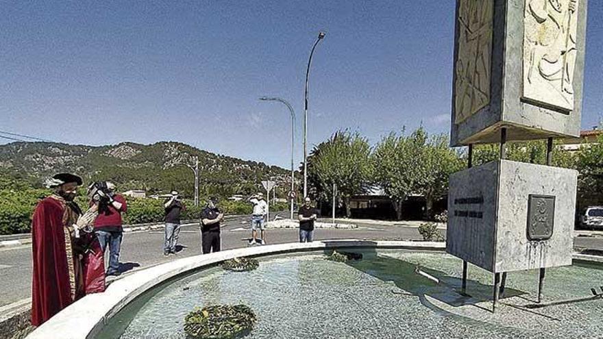 El Firó de Sóller queda reducido a un acto simbólico en el monumento dedicado a la gesta