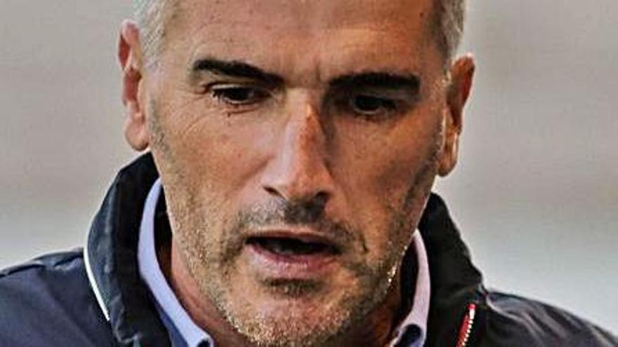 Parras: «Si el Alcoyano suma siete de los 12 puntos que quedan, tendrá plaza en la Pro»