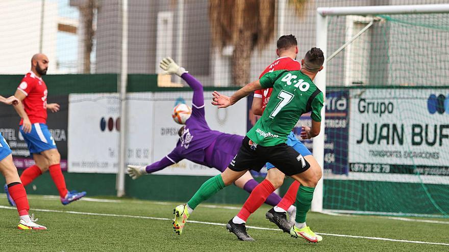 El Portmany reacciona con una valiosa victoria frente al Rotlet-Molinar
