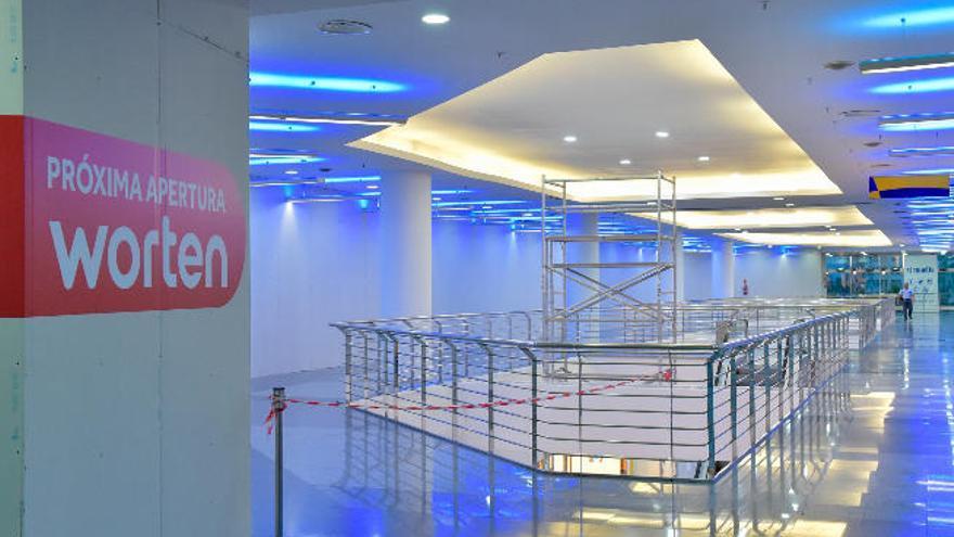 Worten y Sport Zone crean 42 empleos en sus dos nuevas tiendas de El Muelle