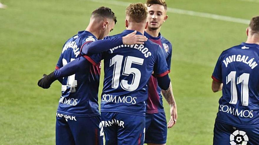 Lliga Santander Primera victòria de la temporada de l'Osca