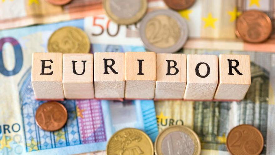 El euríbor empieza 2021 con el dato más bajo de su historia