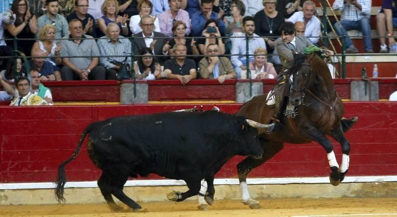Toros: segundo día de Feria, lunes 12 de octubre de 2015