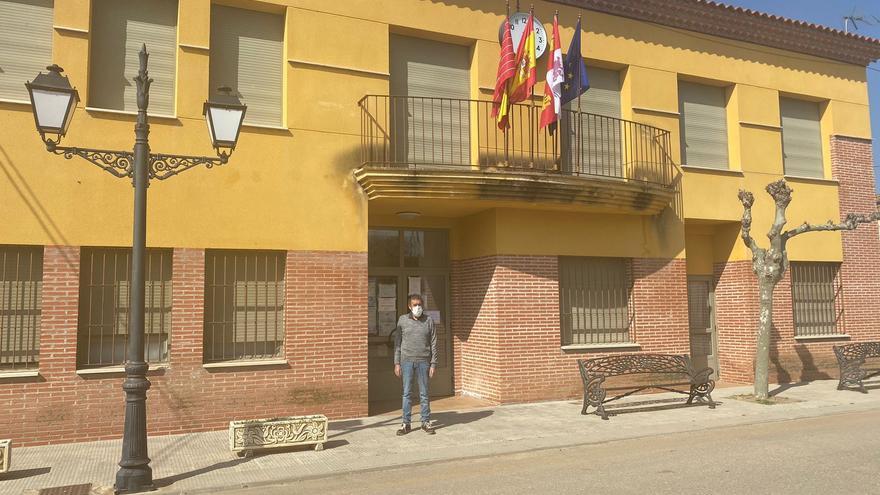El PSOE de El Piñero pide a la Junta la reapertura del colegio