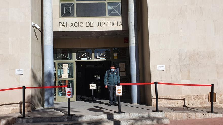 Confinan a la plantilla de un juzgado de Alicante por un positivo en coronavirus