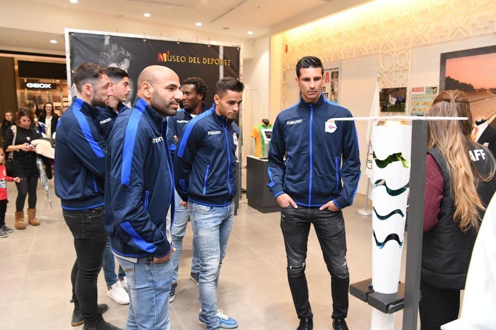 Futbolistas del Dépor en el Museo del Deporte