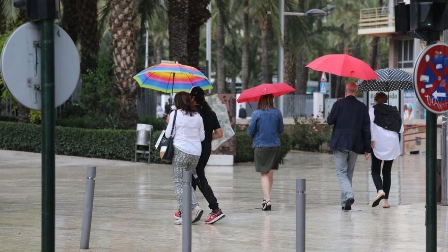 Alerta por fuertes lluvias y tormentas en Elche, que volverán el viernes y el sábado