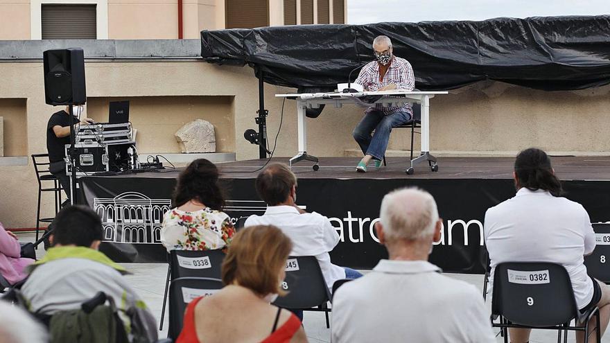 La voz de Waldo Santos resuena una tarde más a orillas del Duero