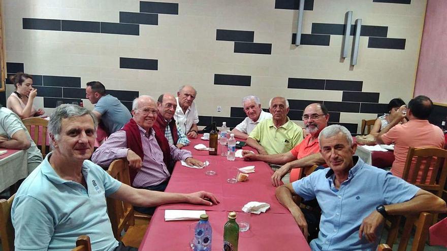 Cangas reúne a atletas del Celta de los años 50, 60 y 70
