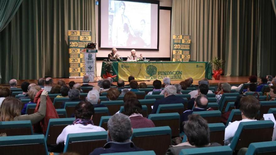 Una de las jornadas de InfoSalud organizadas por la Fundación Caja Rural de Zamora en el paraninfo del Colegio Universitario.
