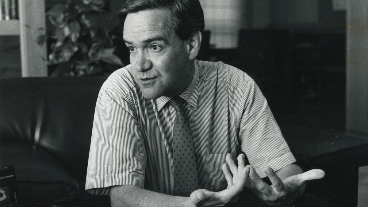 Manuel Giménez Abad en una entrevista cuando era consejero de Presidencia de la DGA.