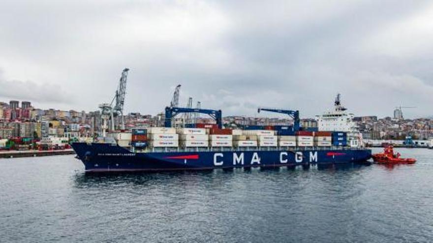 Vigo se consolida con una línea semanal como puerta de entrada a España del tráfico frutero