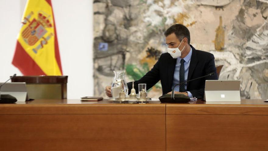 Sánchez promet noves mesures per reduir l'impacte del preu de l'electricitat a la factura elèctrica