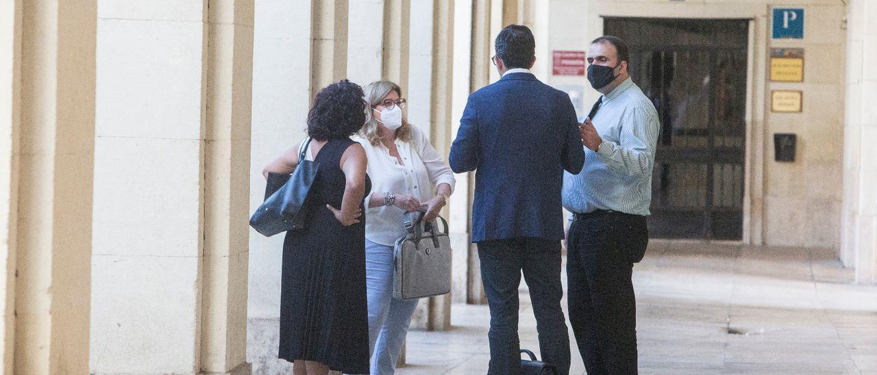 Imágenes de la sesión de ayer del juicio de la manada de Callosa