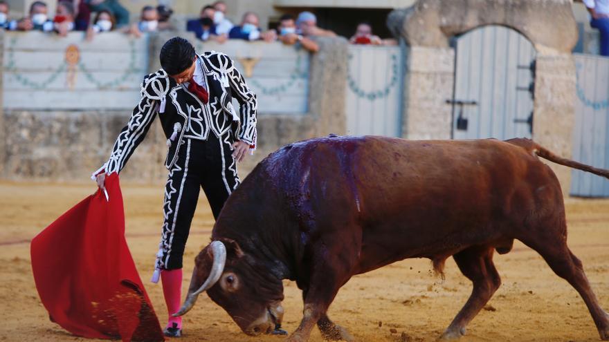 Roca Rey y Pablo Aguado superan la reválida con su triunfo en la Goyesca de Ronda