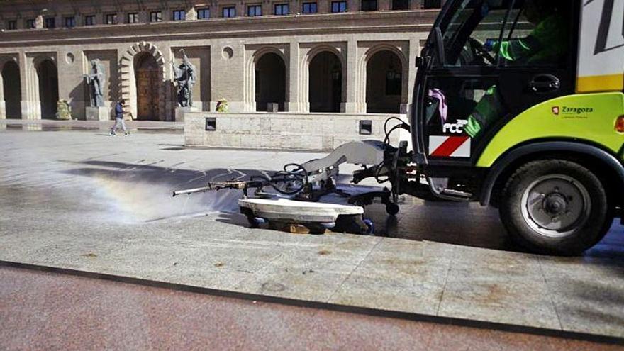 Zaragoza desatascará este verano el contrato de parques y el de la limpieza
