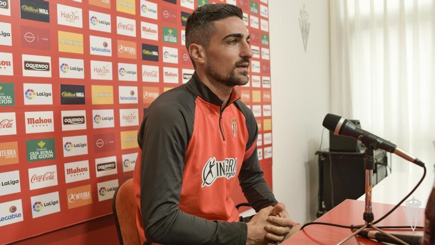"""Borja López, jugador del Sporting: """"Es el momento de materializar todo lo que llevamos detrás"""""""