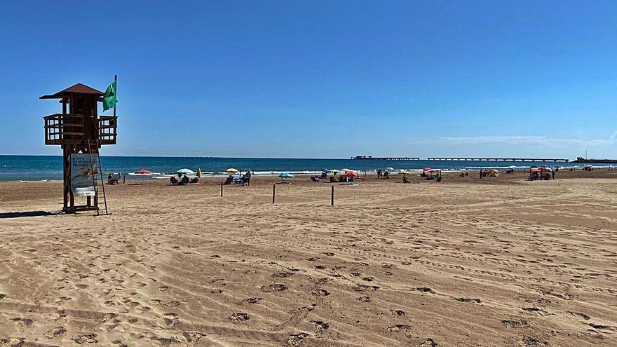 La playa del Port se reabre tras sufrir más de 44.500 € en daños