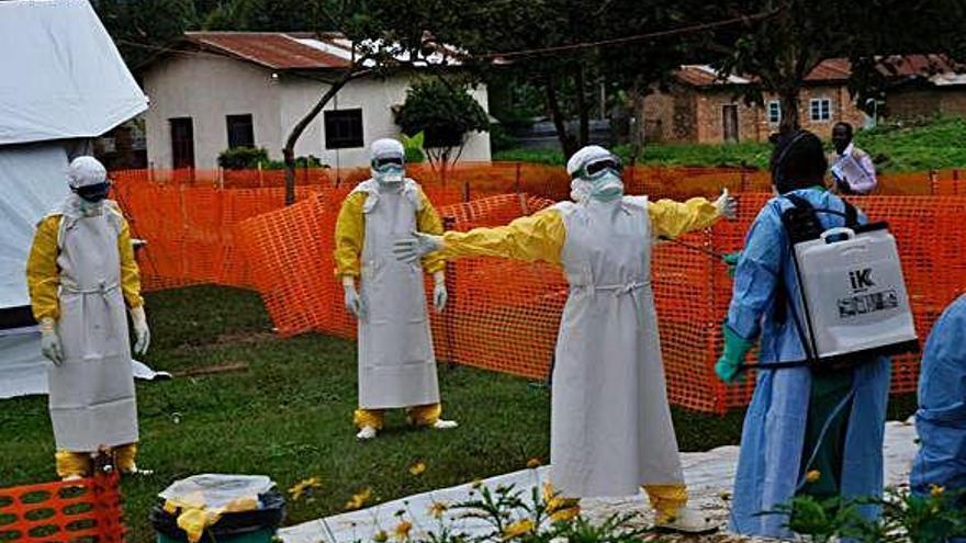 L'Ebola s'enforteix al Congo i ja suma més de 1.000 morts