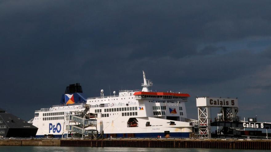 Francia lamenta la cuarentena británica e impondrá medidas