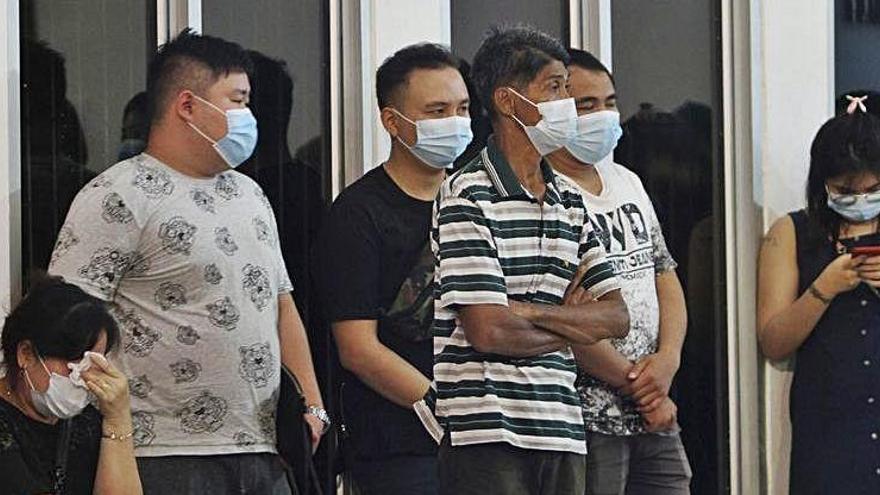 Un avió amb 62 persones a bord s'estavella a Indonèsia