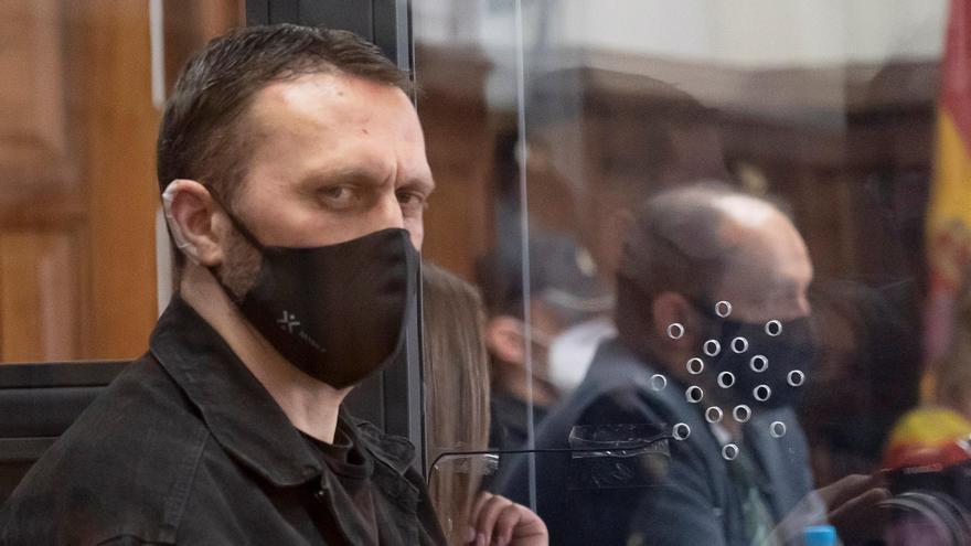 Igor el Ruso se enfrenta a prisión permanente revisable por los tres asesinatos de Teruel