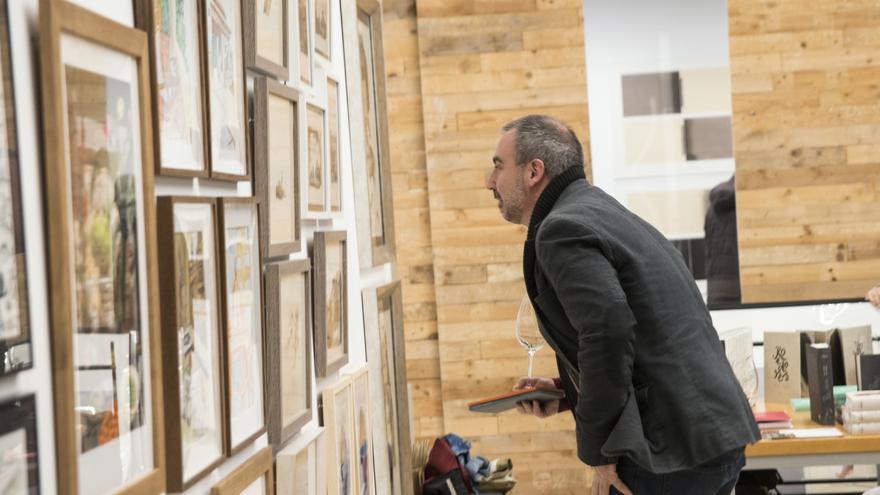 La segunda edición del Salón de Arte y Poesía PAPER llega a Russafa