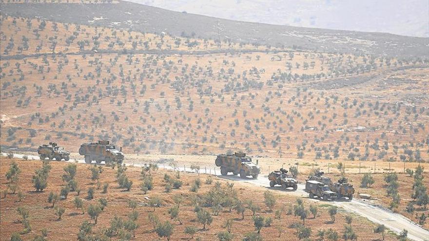 Erdogan envía tropas a Siria para frenar el paso a los kurdos