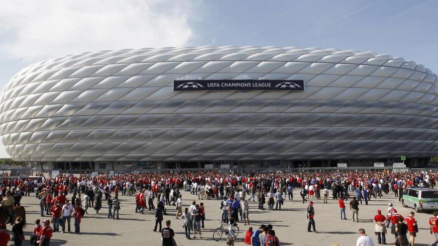 Así será la Bundesliga: suplentes con mascarillas y balones desinfectados