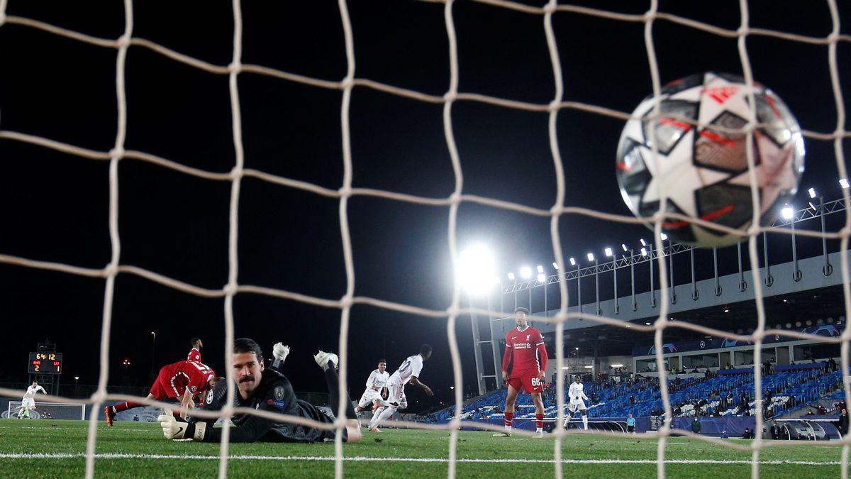 El mundo del fútbol se indigna con la Superliga