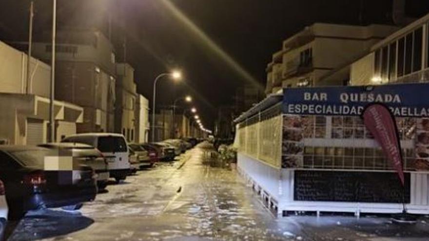 Pequeño 'tsunami' en Santa Pola por la caída de la presión debido al calor