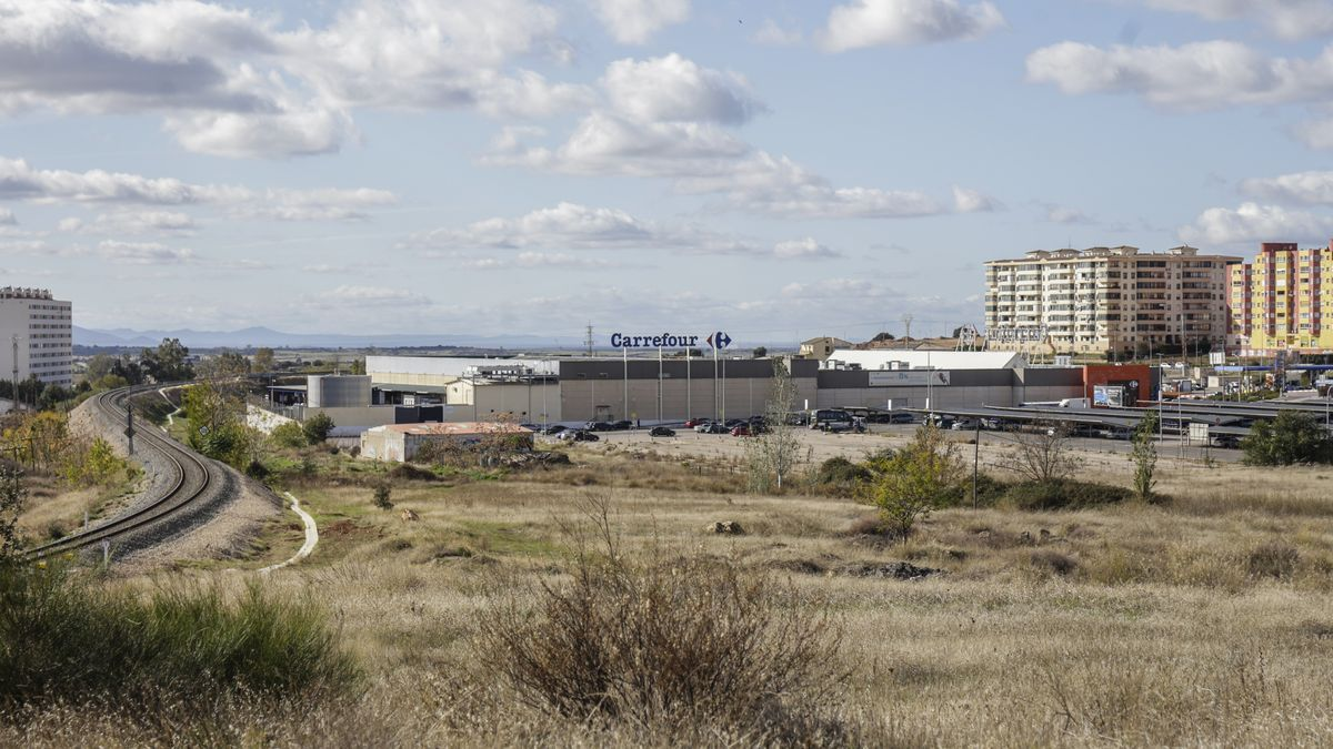 Zona donde se proyecta el desarrollo comercial, junto a Carrefour y muy cerca del futuro parque de ocio Way.