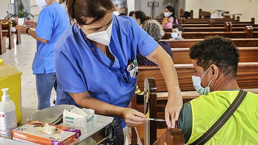 Vacunas frente al altar