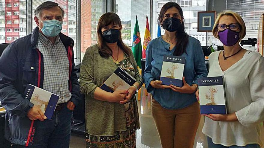 """Libro-disco solidario """"Instant.es"""" para el municipio de Castrillón"""