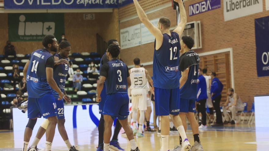 El Oviedo Baloncesto jugará por el ascenso a la Liga ACB tras remontar al Almansa (92-87)