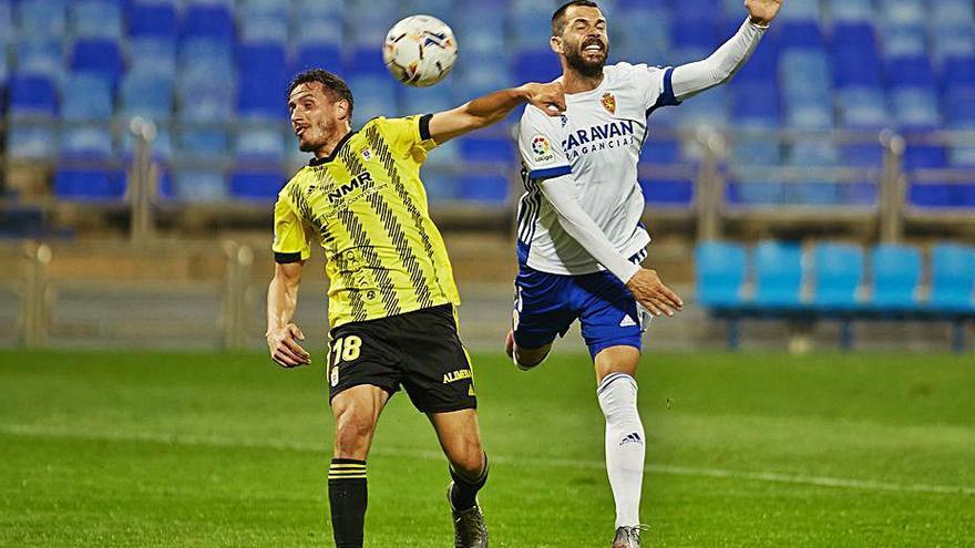 El Oviedo cierra su portería en la primera mitad