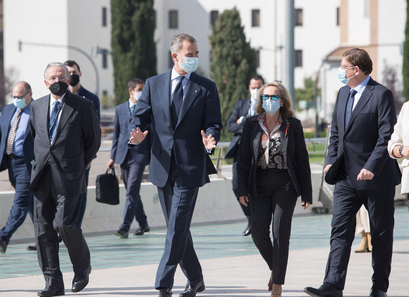 Rey llega clausura el congreso de CEDE
