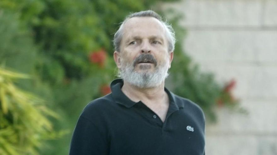 Miguel Bosé vuelve a la carga con teorías antivacunas