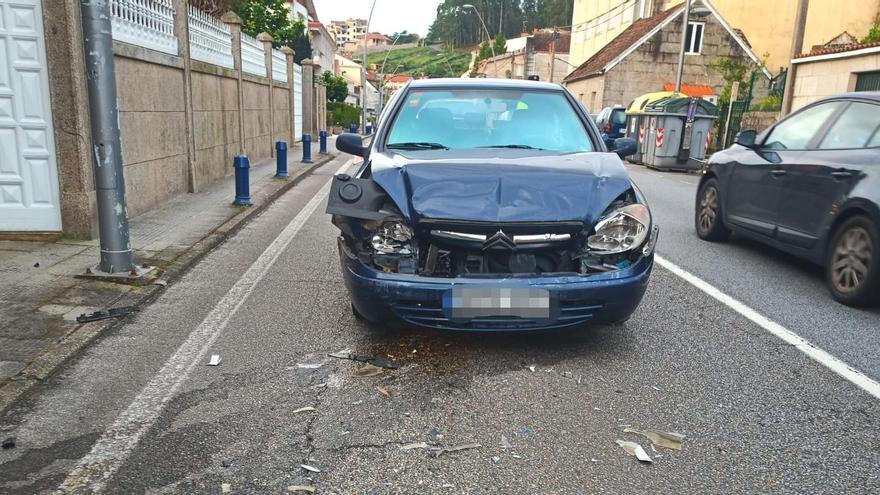 Dos heridos en un accidente en Combarro