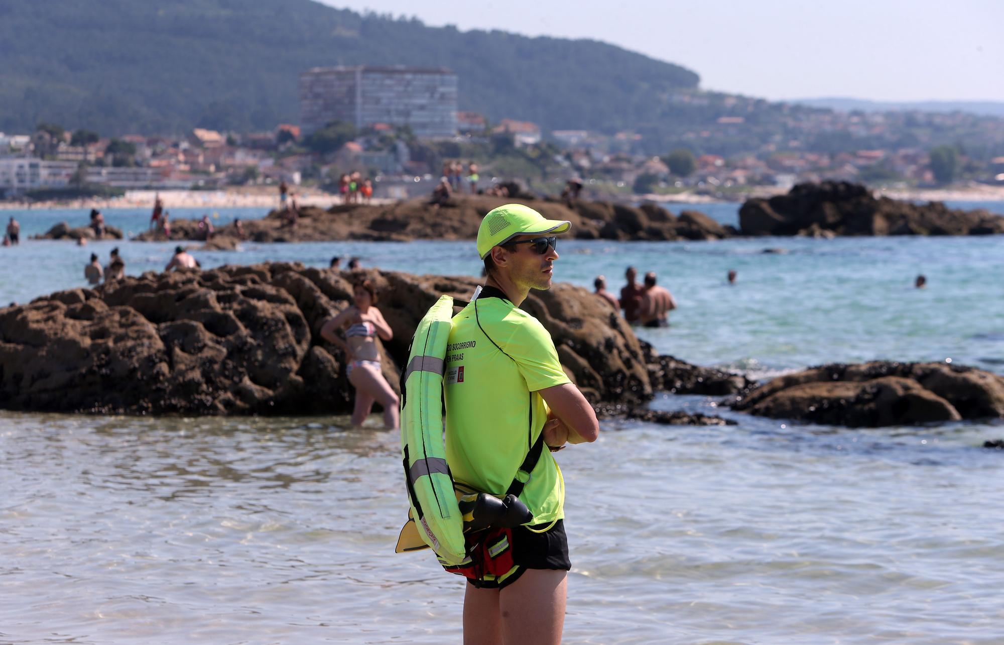 Vigo se zambulle en un fin de semana marcado por el calor