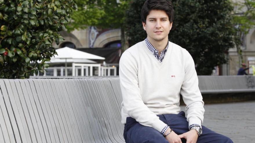 El vigués Diego Gago presidirá Nuevas Generaciones del PP