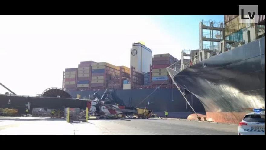 La pericia del gruista de Valencia evitó la tragedia tras ser embestido por el buque