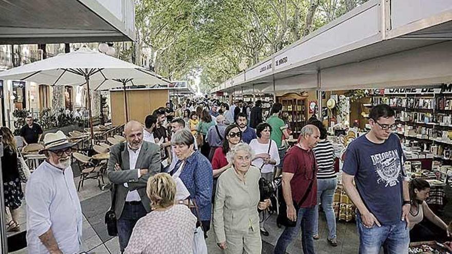 El Gremi de Llibreters prepara una Fiesta del Libro para julio en Palma e Inca