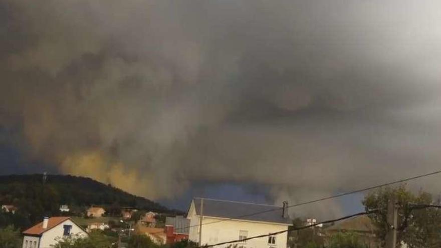 Un tornado arranca una antena en Sada tras pasar por Miño