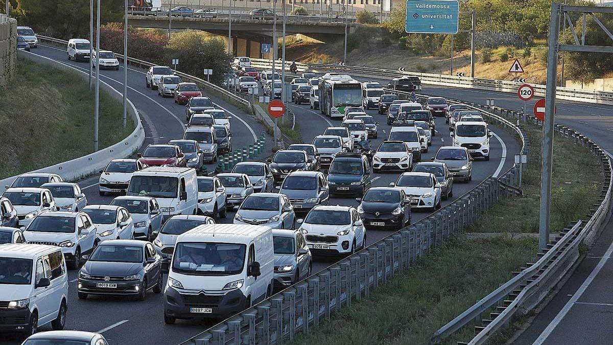 La Vía de Cintura es una de las autovías más congestionadas de España.
