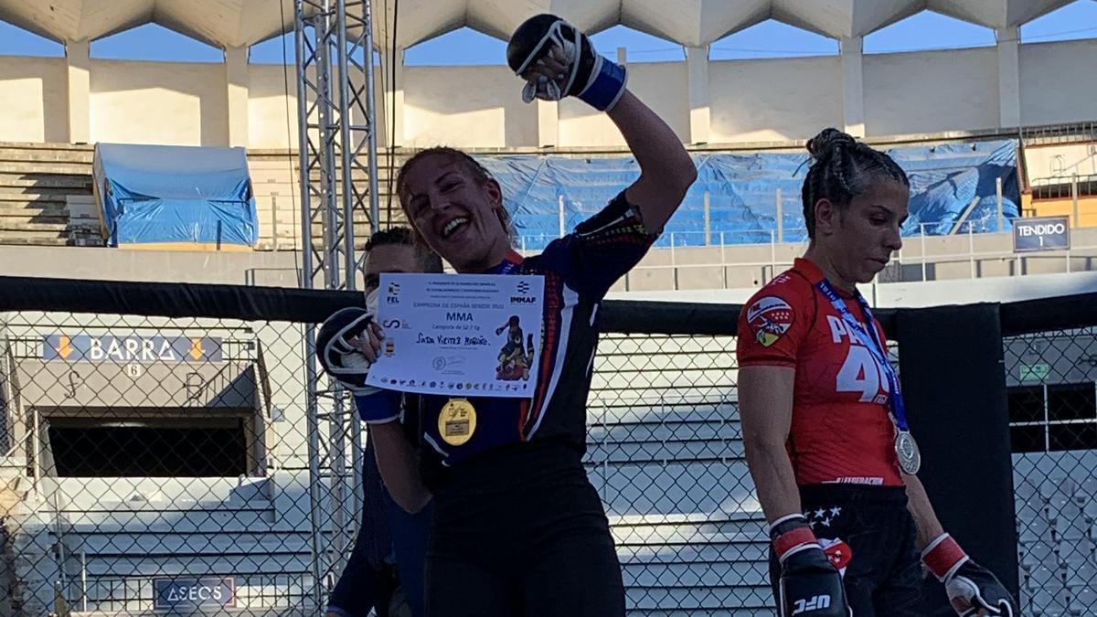 Sara Viéitez, tras proclamarse gañadora.