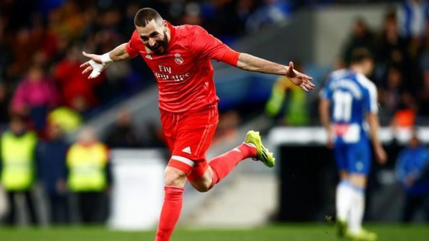 El Madrid es llueix a Cornellà i deixa l'Espanyol en una situació delicada