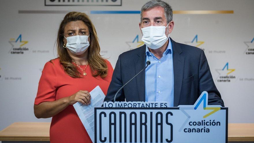"""Clavijo advierte a Sánchez de que su silencio ante el drama migratorio es un """"insulto a Canarias"""""""