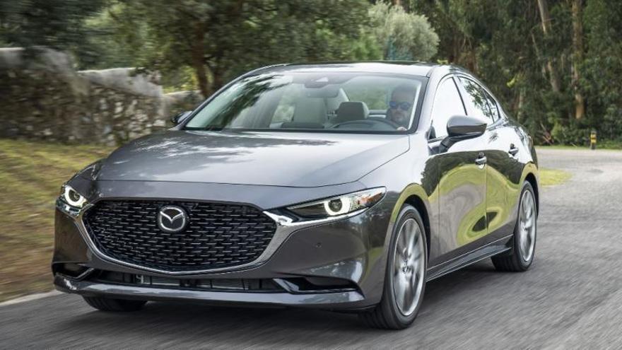 Mazda abre los pedidos del nuevo CX-30 y del Mazda3 Sedán